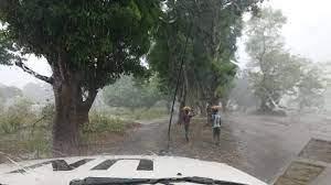 Az esős évszak tovább nehezíti a közlekedést (Forrás: dr. Vogel Dávid)